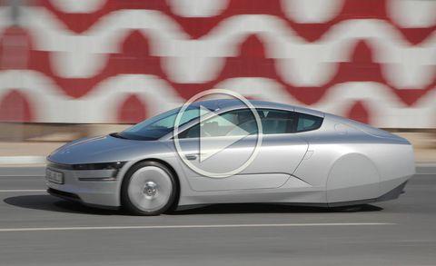 Motor vehicle, Mode of transport, Automotive design, Automotive mirror, Vehicle, Transport, Car, Headlamp, Vehicle door, Automotive exterior,