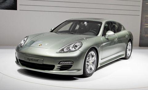 Tire, Wheel, Automotive design, Vehicle, Land vehicle, Automotive lighting, Rim, Headlamp, Porsche panamera, Car,