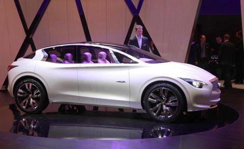 Tire, Wheel, Automotive design, Vehicle, Event, Land vehicle, Car, Automotive wheel system, Alloy wheel, Concept car,