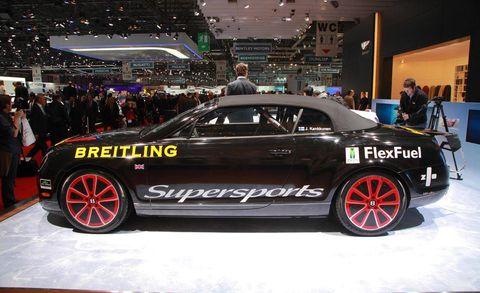 Tire, Wheel, Automotive design, Vehicle, Event, Automotive tire, Car, Automotive wheel system, Performance car, Auto show,