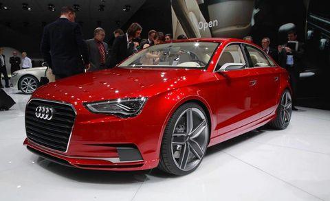 Tire, Wheel, Automotive design, Vehicle, Event, Land vehicle, Car, Grille, Alloy wheel, Personal luxury car,