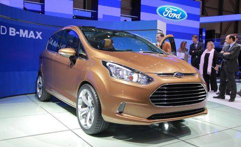 Tire, Wheel, Motor vehicle, Automotive design, Mode of transport, Vehicle, Automotive tire, Land vehicle, Car, Headlamp,