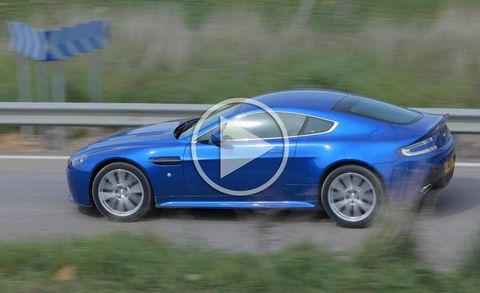 Tire, Wheel, Blue, Automotive design, Vehicle, Land vehicle, Rim, Performance car, Car, Alloy wheel,