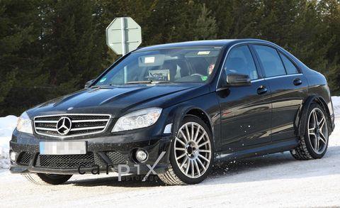 Tire, Wheel, Vehicle, Automotive design, Rim, Alloy wheel, Car, Hood, Automotive tire, Mercedes-benz,