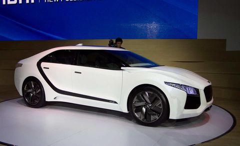 Wheel, Automotive design, Vehicle, Land vehicle, Car, Concept car, Auto show, Exhibition, Luxury vehicle, Personal luxury car,