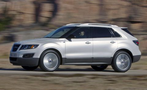 Tire, Wheel, Automotive tire, Automotive design, Vehicle, Land vehicle, Infrastructure, Rim, Car, Alloy wheel,