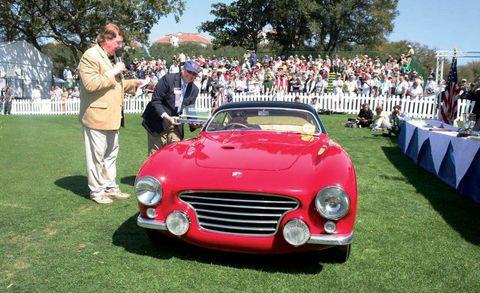 Automotive design, Vehicle, Classic car, Grille, Car, Classic, Antique car, Personal luxury car, Pole, Hood,