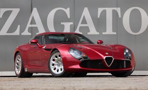 Tire, Motor vehicle, Mode of transport, Automotive design, Vehicle, Performance car, Car, Red, Headlamp, Automotive lighting,