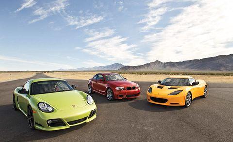 Automotive design, Vehicle, Land vehicle, Performance car, Car, Cloud, Sports car, Rim, Fender, Automotive parking light,