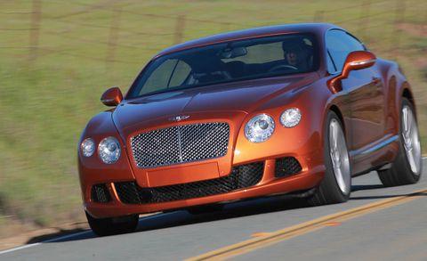 Automotive design, Vehicle, Land vehicle, Grille, Road, Car, Hood, Automotive lighting, Bentley, Fender,