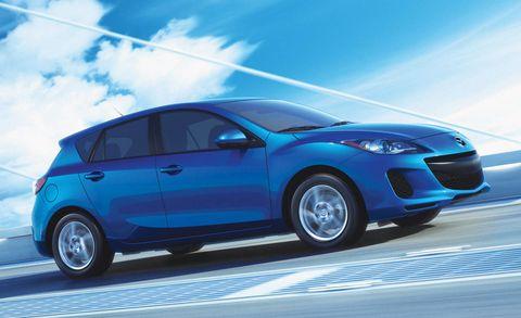 Wheel, Tire, Automotive design, Blue, Vehicle, Land vehicle, Transport, Car, Automotive tire, Hatchback,