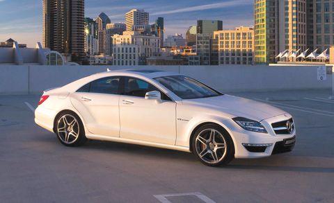 Tire, Wheel, Automotive design, Alloy wheel, Vehicle, Spoke, Rim, Tower block, Car, Personal luxury car,
