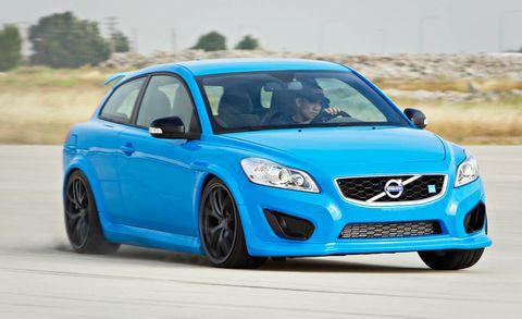 Tire, Wheel, Motor vehicle, Blue, Automotive design, Daytime, Vehicle, Land vehicle, Car, Hood,