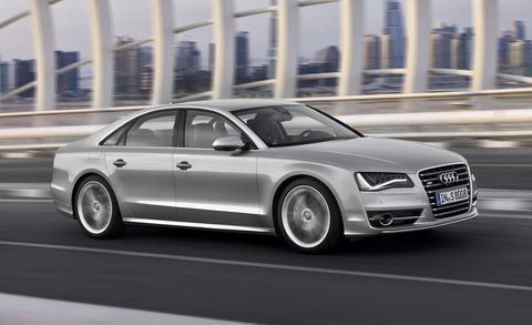 Tire, Wheel, Automotive design, Vehicle, Rim, Car, Alloy wheel, Grille, Personal luxury car, Spoke,