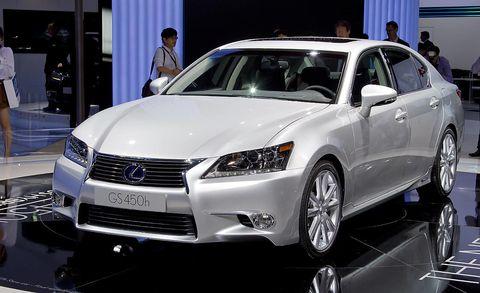 Automotive design, Vehicle, Event, Land vehicle, Car, Grille, Fender, Personal luxury car, Automotive lighting, Luxury vehicle,