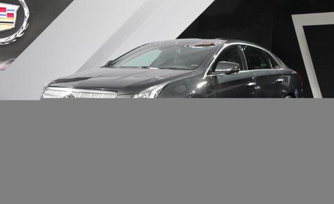 Motor vehicle, Tire, Wheel, Automotive design, Vehicle, Car, Transport, Automotive tire, Automotive lighting, Glass,