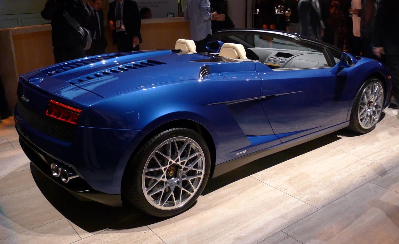 ... Of The Hustle And Bustle Of The Los Angeles Auto Show, Lamborghini  Unveiled Yet Another New Version Of The Gallardo: The 2012 Gallardo LP550 2  Spyder.