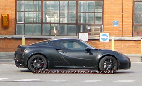 Tire, Wheel, Automotive design, Vehicle, Land vehicle, Rim, Alloy wheel, Car, Supercar, Automotive lighting,