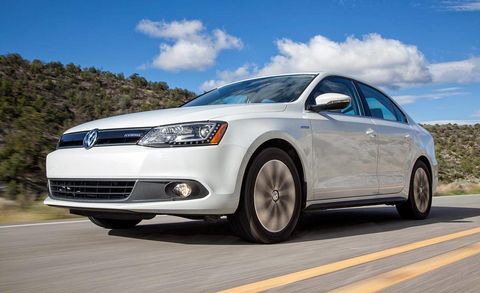 The Wait Is Over For Hybrid Enthusiasts Who Ve Wanted A Sporty German Compact Sedan Vw Has Been Teasing Us With Jetta Sometime And It