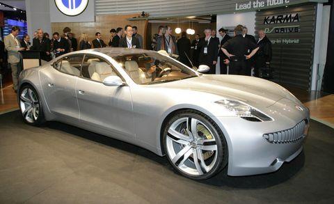 Tire, Wheel, Automotive design, Vehicle, Land vehicle, Event, Car, Automotive tire, Personal luxury car, Rim,