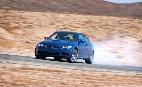 Tire, Automotive design, Vehicle, Hood, Car, Automotive tire, Motorsport, Rim, Performance car, Automotive exterior,