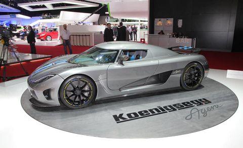 Tire, Wheel, Automotive design, Vehicle, Event, Land vehicle, Performance car, Rim, Alloy wheel, Automotive wheel system,