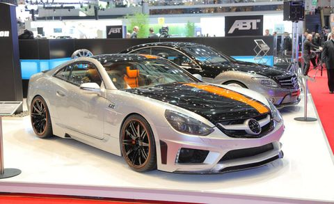 Tire, Wheel, Automotive design, Vehicle, Event, Headlamp, Car, Rim, Performance car, Auto show,