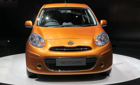 Motor vehicle, Automotive design, Vehicle, Yellow, Headlamp, Automotive mirror, Hood, Automotive lighting, Car, Transport,