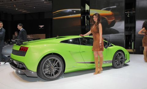 Tire, Wheel, Automotive design, Vehicle, Land vehicle, Performance car, Car, Vehicle door, Fender, Supercar,