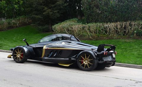 Mode of transport, Automotive design, Vehicle, Rim, Car, Fender, Alloy wheel, Roadster, Personal luxury car, Automotive wheel system,