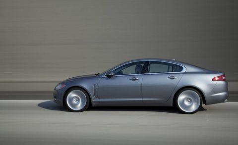 Tire, Wheel, Automotive design, Vehicle, Land vehicle, Transport, Rim, Car, Alloy wheel, Automotive tire,