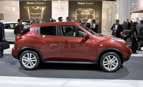 Motor vehicle, Tire, Wheel, Automotive design, Vehicle, Land vehicle, Event, Car, Alloy wheel, Fender,