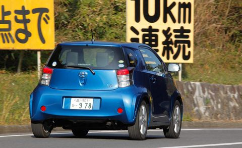 Motor vehicle, Mode of transport, Automotive design, Vehicle, Transport, Road, Car, Hatchback, Automotive mirror, Scion iq,