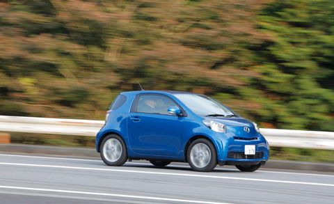 Tire, Wheel, Motor vehicle, Automotive design, Blue, Vehicle, Automotive mirror, Car, Scion iq, Hatchback,