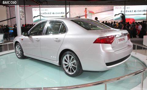 Wheel, Automotive design, Vehicle, Event, Land vehicle, Alloy wheel, Car, Full-size car, Mid-size car, Personal luxury car,