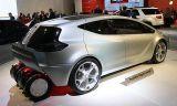 Tire, Motor vehicle, Wheel, Mode of transport, Automotive design, Automotive tire, Product, Transport, Vehicle, Automotive exterior,
