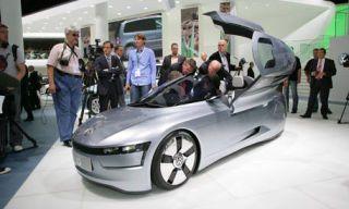 Clothing, Motor vehicle, Tire, Mode of transport, Automotive mirror, Automotive design, People, Transport, Vehicle, Event,