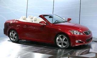 Tire, Motor vehicle, Wheel, Mode of transport, Automotive design, Vehicle, Transport, Glass, Vehicle door, Car,