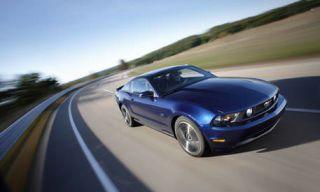 Motor vehicle, Tire, Mode of transport, Road, Automotive design, Blue, Transport, Automotive tire, Vehicle, Land vehicle,