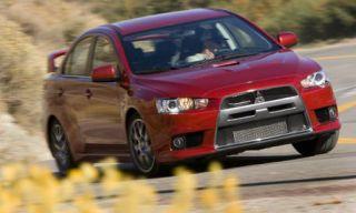 Tire, Wheel, Motor vehicle, Automotive mirror, Automotive design, Vehicle, Yellow, Land vehicle, Hood, Car,