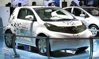 Tire, Motor vehicle, Wheel, Mode of transport, Automotive design, Land vehicle, Vehicle, Transport, Car, Alloy wheel,