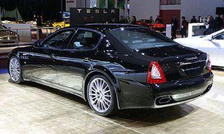 Tire, Wheel, Mode of transport, Automotive design, Vehicle, Land vehicle, Transport, Rim, Car, Alloy wheel,