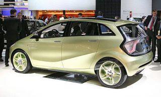Tire, Wheel, Motor vehicle, Automotive design, Mode of transport, Vehicle, Land vehicle, Alloy wheel, Car, Rim,