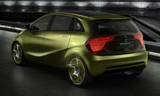 Motor vehicle, Tire, Wheel, Mode of transport, Automotive design, Product, Vehicle, Yellow, Alloy wheel, Automotive tire,