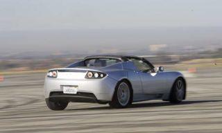 Tire, Mode of transport, Automotive design, Vehicle, Transport, Infrastructure, Automotive exterior, Hood, Photograph, Car,