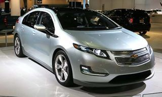 Motor vehicle, Wheel, Mode of transport, Land vehicle, Vehicle, Automotive mirror, Transport, Event, Automotive design, Car,