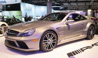 Tire, Wheel, Motor vehicle, Mode of transport, Automotive design, Vehicle, Land vehicle, Alloy wheel, Car, Rim,