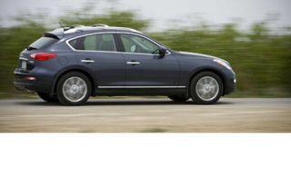 Tire, Wheel, Motor vehicle, Mode of transport, Automotive tire, Alloy wheel, Automotive design, Vehicle, Rim, Automotive wheel system,