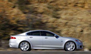 Tire, Wheel, Motor vehicle, Automotive design, Nature, Mode of transport, Alloy wheel, Vehicle, Brown, Spoke,