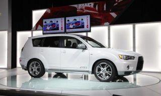 Motor vehicle, Tire, Mode of transport, Automotive design, Product, Vehicle, Transport, Automotive tire, Car, Alloy wheel,